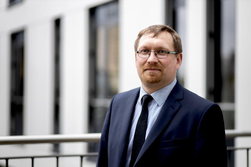 Dirk Tischler ist neuer Professor an der Fakultät für Biologie und Biotechnologie der RUB.