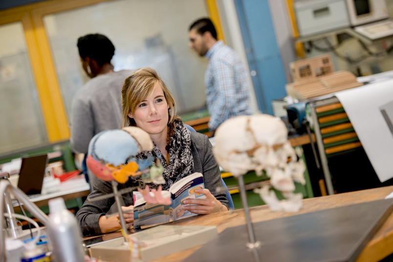 Studierende aller Fachrichtungen können Teil der Worldfactory werden, indem sie beispielsweise im Optionalbereich die entsprechenden Veranstaltungen wählen.
