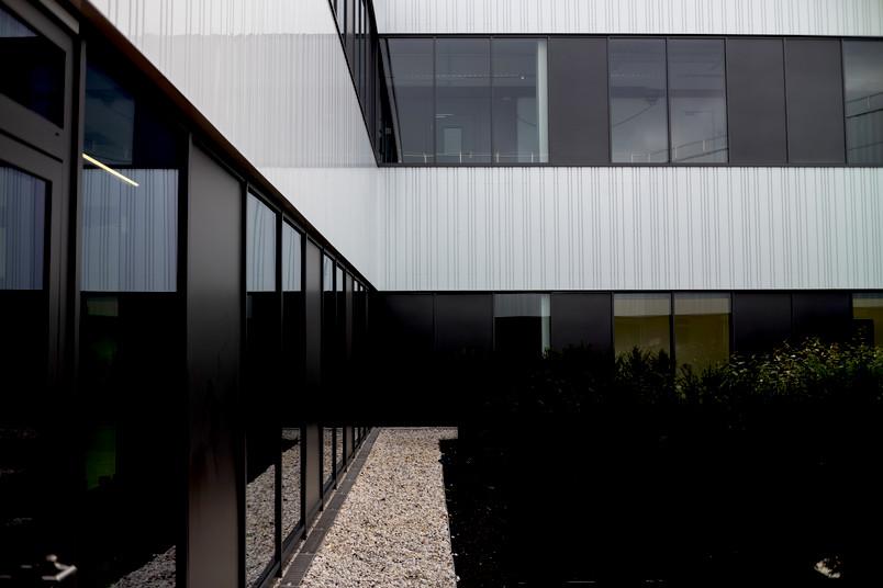 <div> ZESS ist der erste Ankerpunkt für wissensintensive Unternehmen und außeruniversitäre Forschungseinrichtungen auf Mark 51°7.</div>
